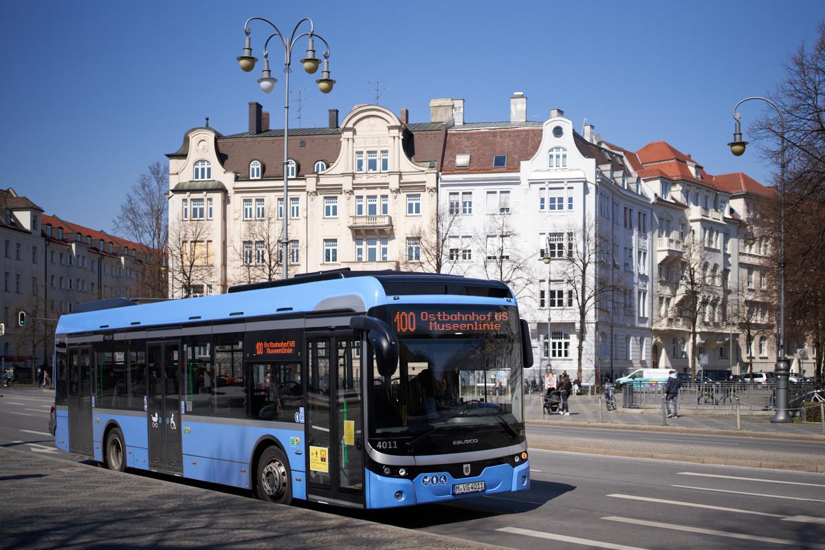 http://bus.es85.de/DE.MVG_eigene/MVG4011_100_Prinzregentenplatz-3.jpg