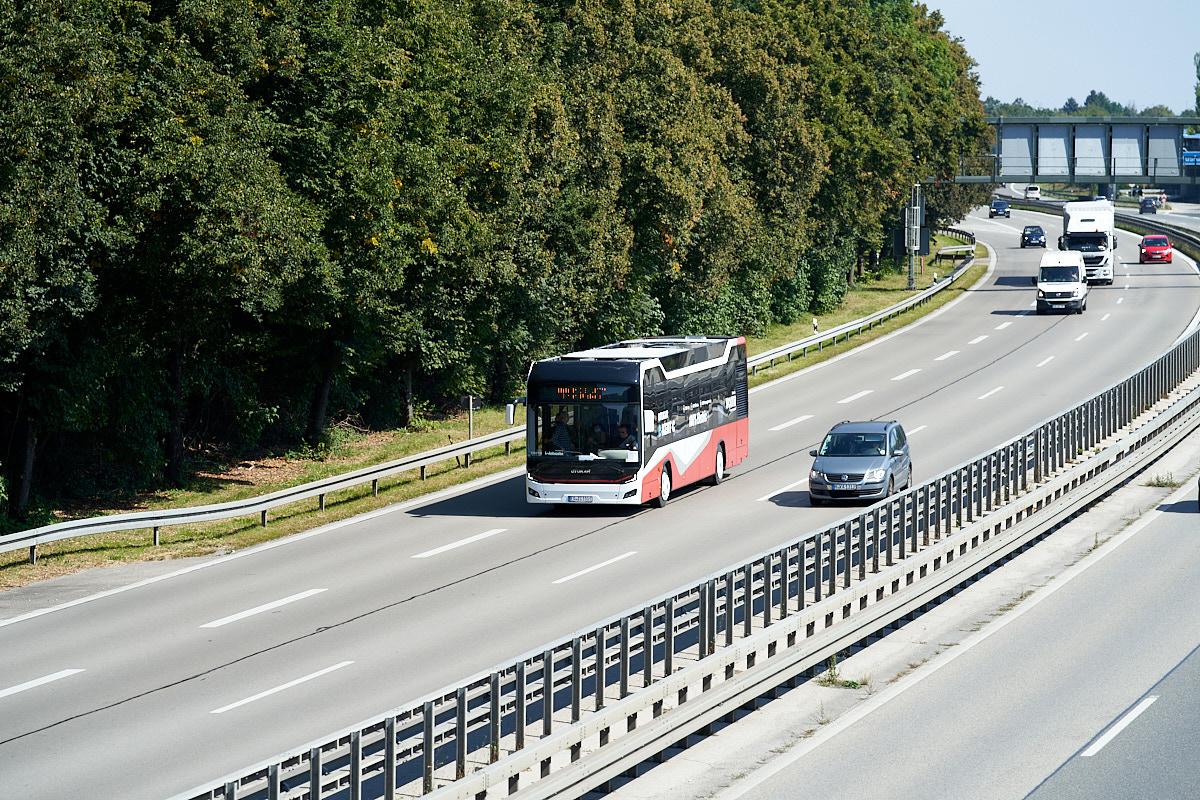 https://bus.es85.de/IAA2021/EDZI110E_IAA_A94.jpg