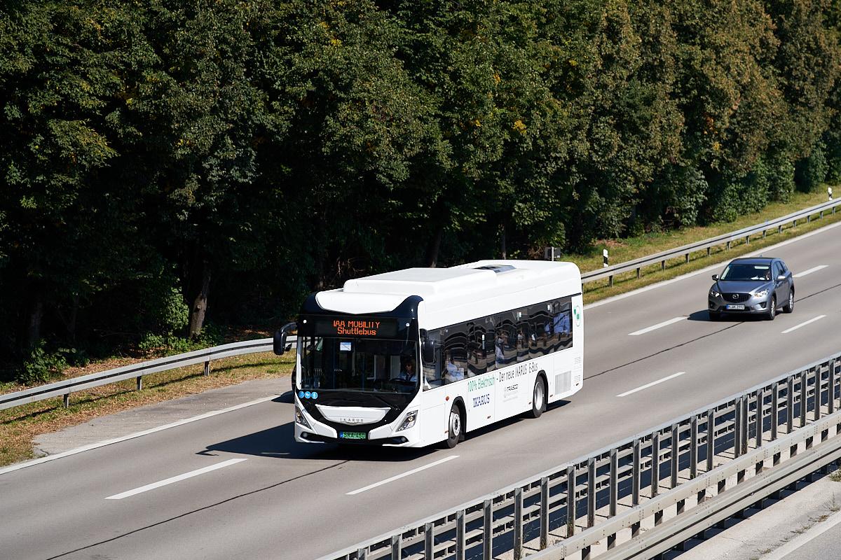https://bus.es85.de/IAA2021/H_SRA-450_IAA_A94.jpg